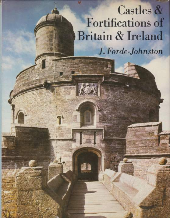 Image for CASTLES & FORTIFICATIONS OF BRITAIN & IRELAND